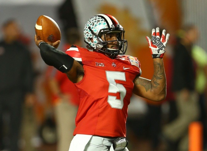 Reports: Ohio State QB Braxton Miller Injures Should, Out For Season