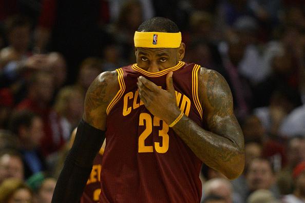 "LeBron James On Cavaliers' Issues: ""I Stink"""